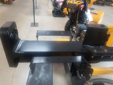 Cub Cadet LS 33 CC Logsplitter in Berlin, Wisconsin - Photo 2