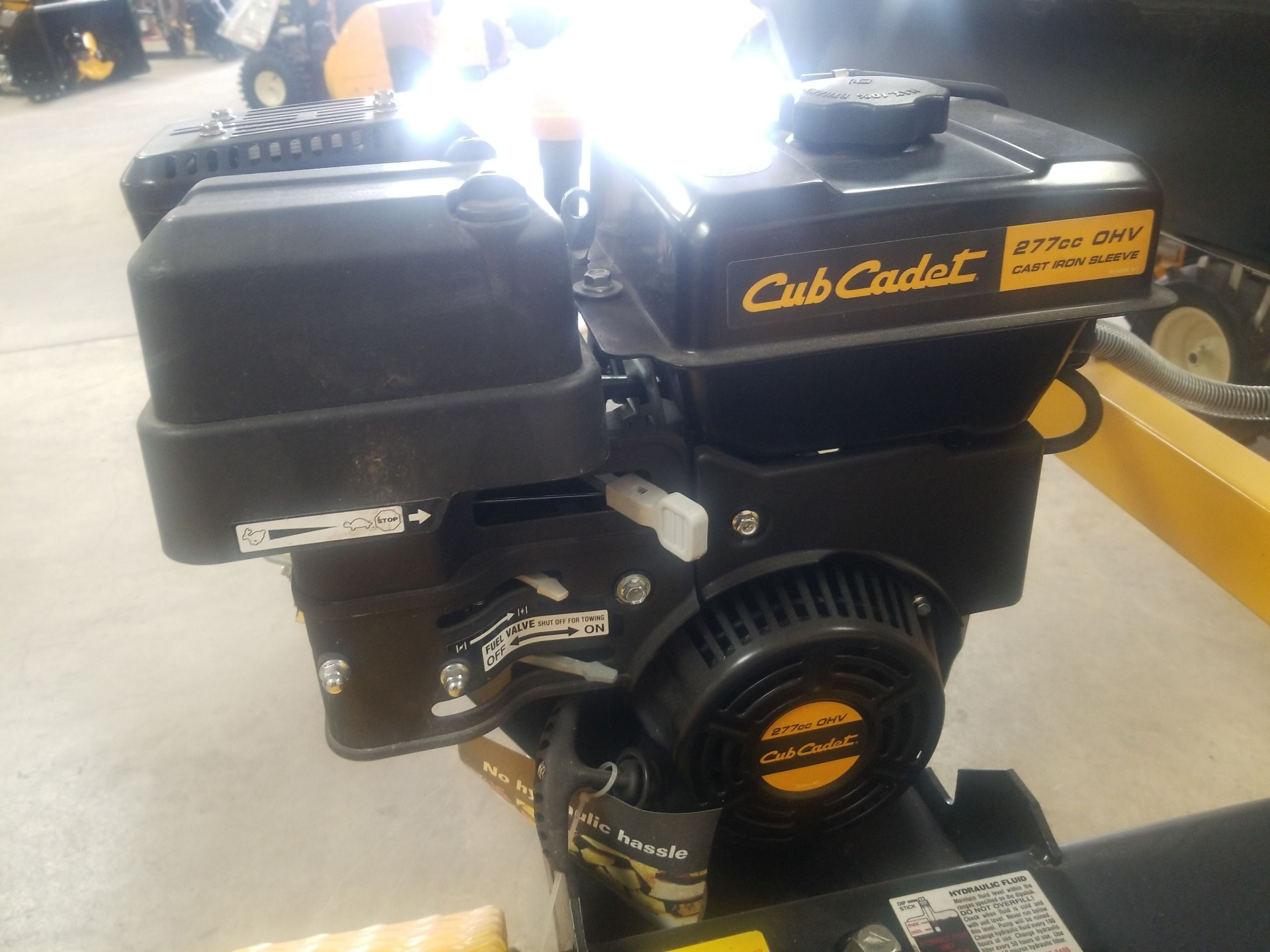 Cub Cadet LS 33 CC Log Splitter in Berlin, Wisconsin - Photo 4