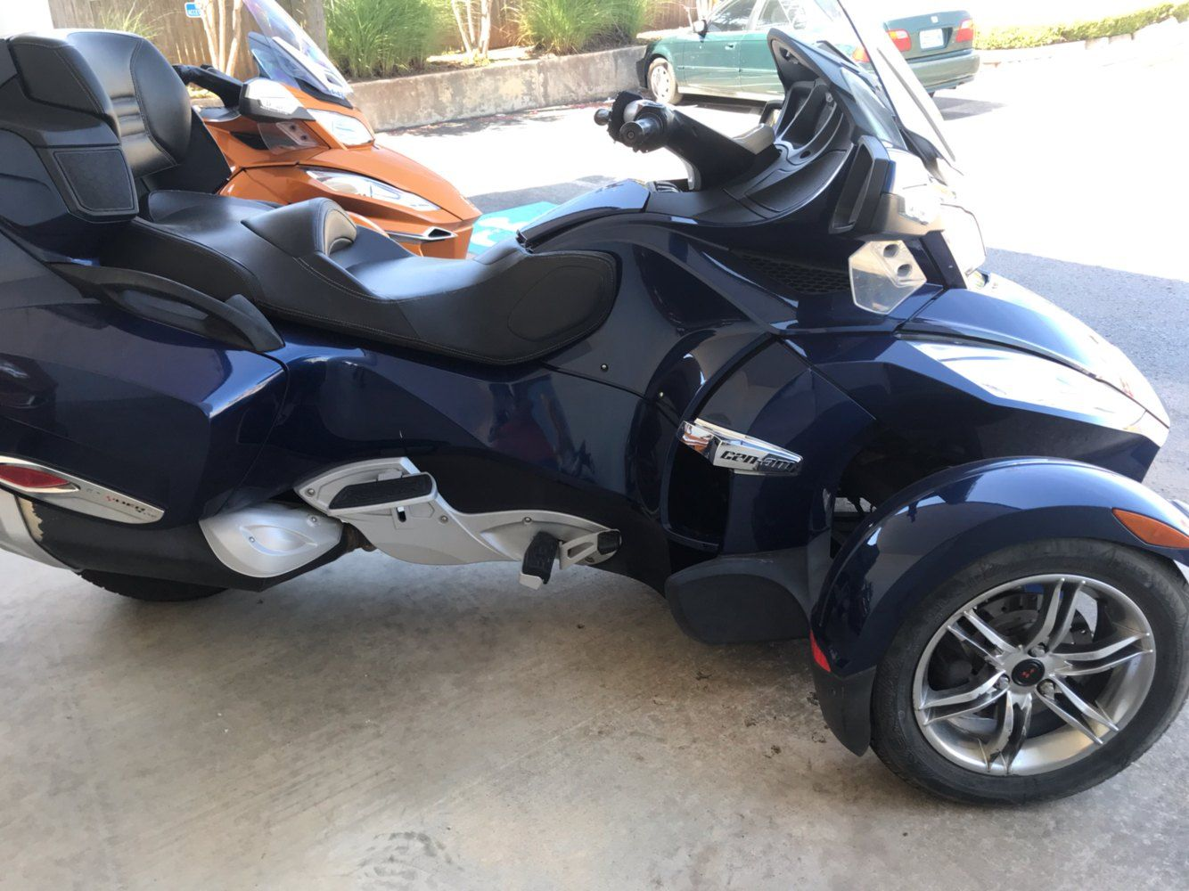 2010 Can-Am Spyder® RT-S SE5 in Tulsa, Oklahoma - Photo 1