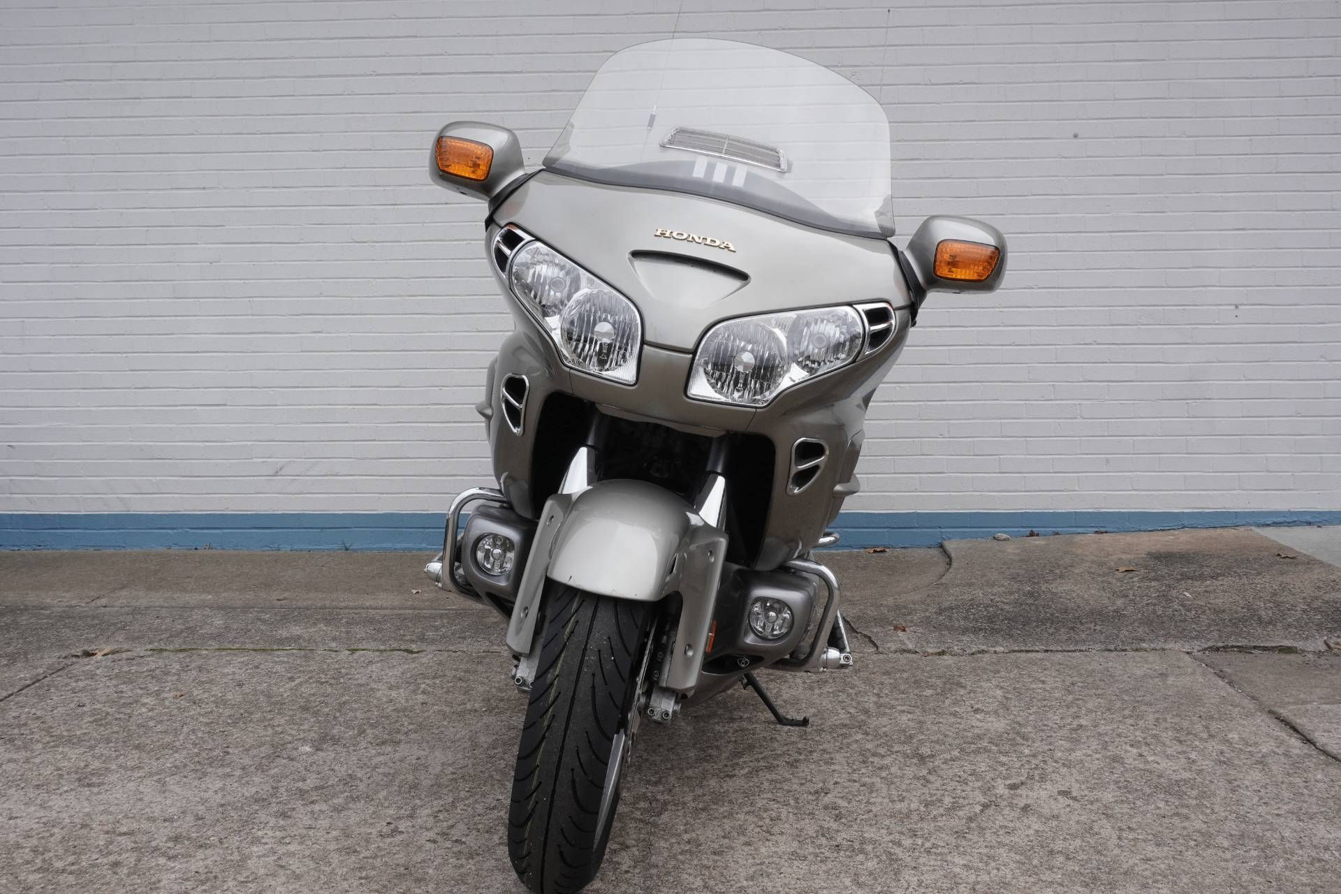 2002 Honda Gold Wing in Tulsa, Oklahoma - Photo 2