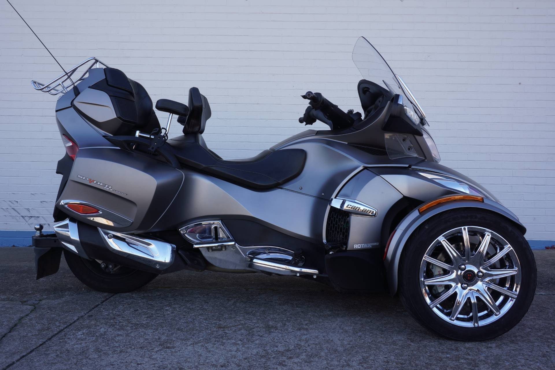 2014 Can-Am Spyder® RT Limited in Tulsa, Oklahoma - Photo 1