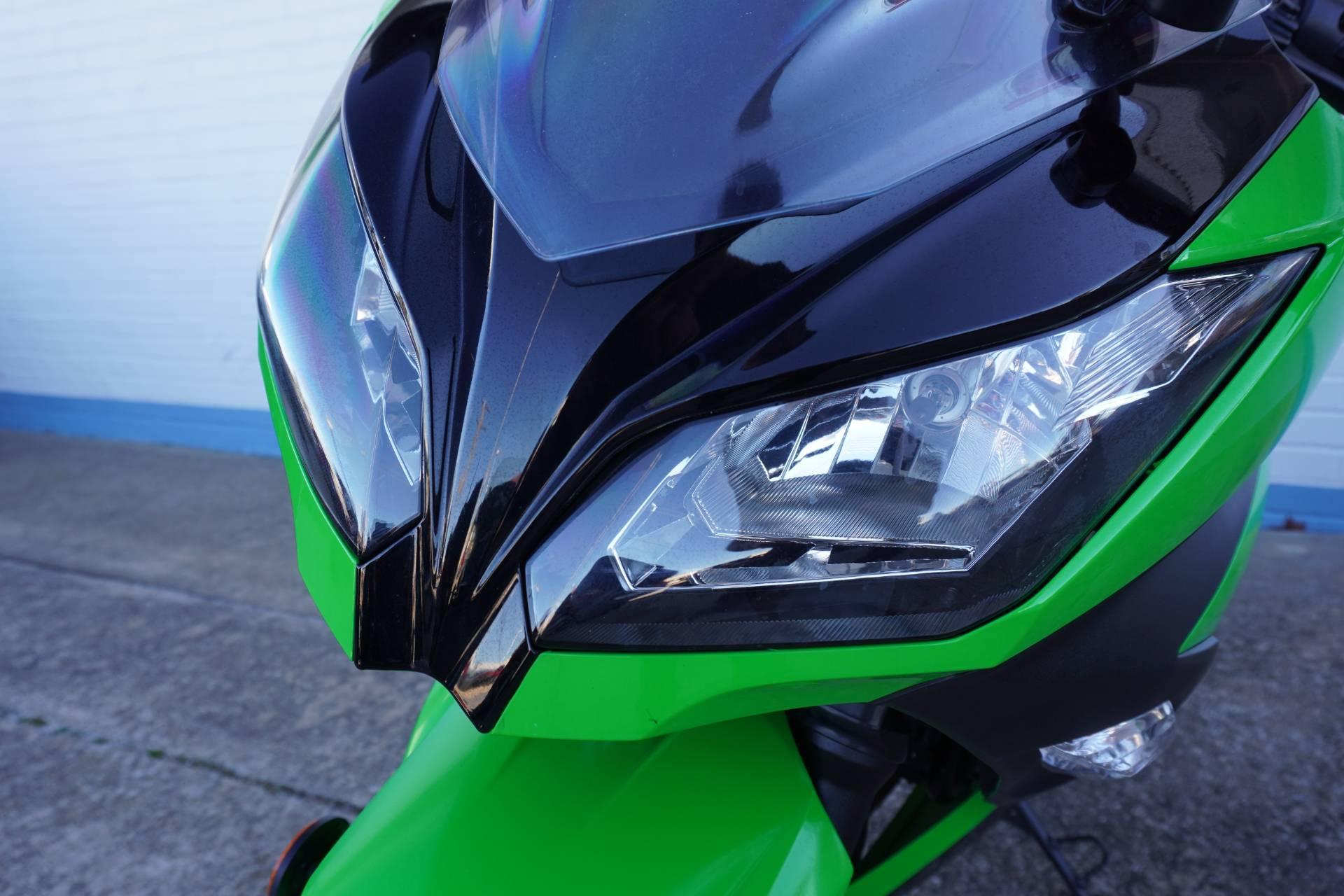 2014 Kawasaki Ninja® 300 ABS SE in Tulsa, Oklahoma - Photo 17