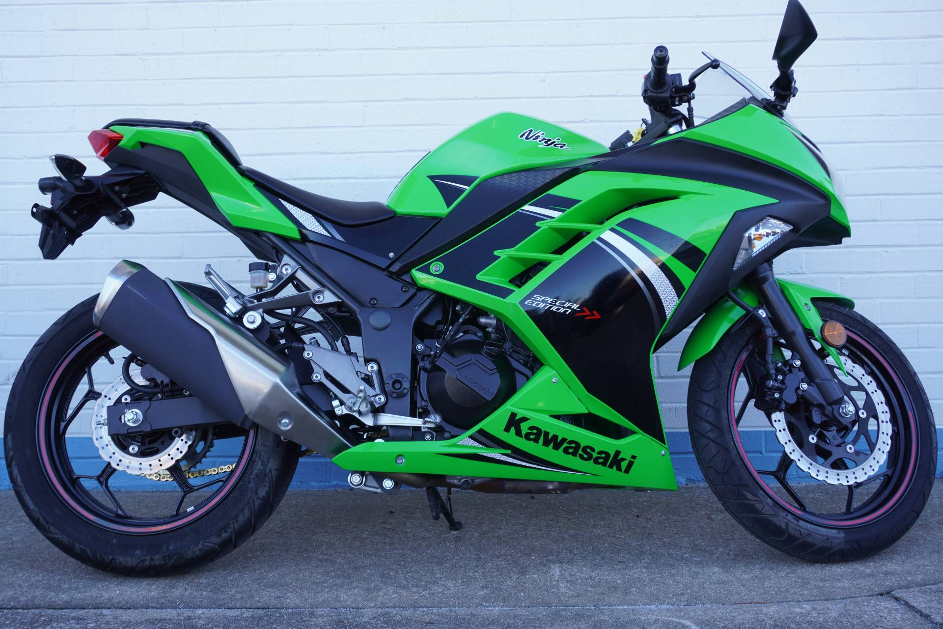 2014 Kawasaki Ninja® 300 ABS SE in Tulsa, Oklahoma - Photo 1