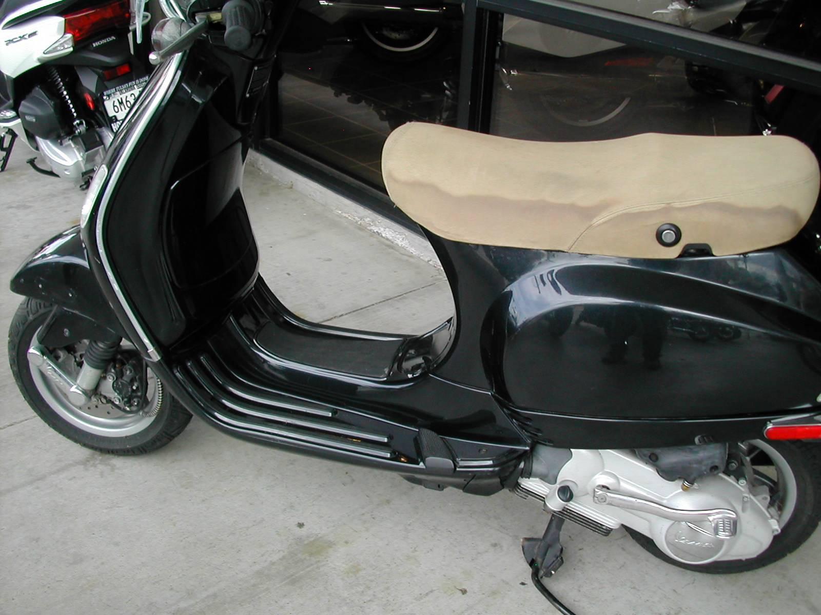 2006 LX 150