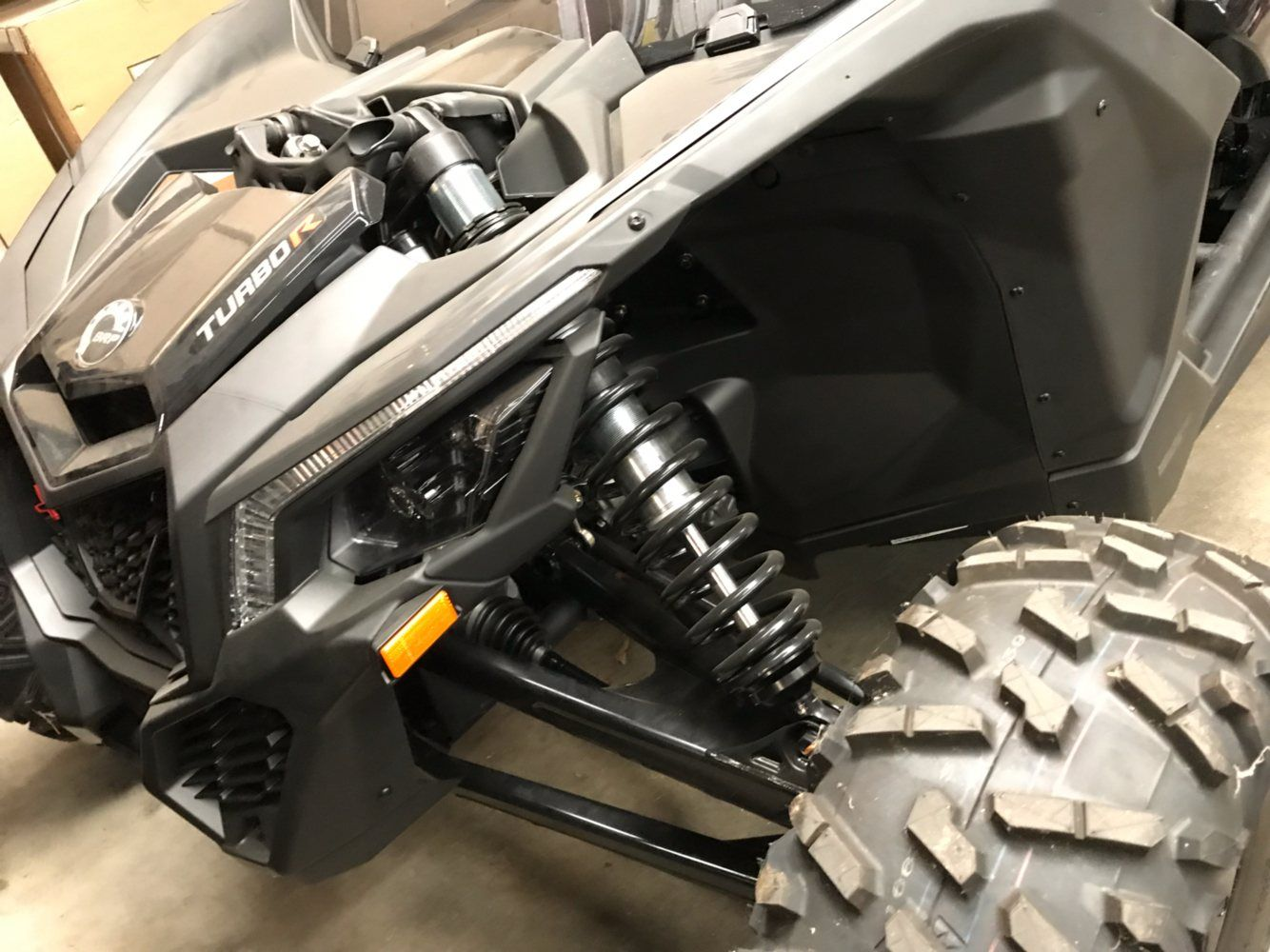 2018 Can-Am™ Maverick X3 Max X rs Turbo R 10