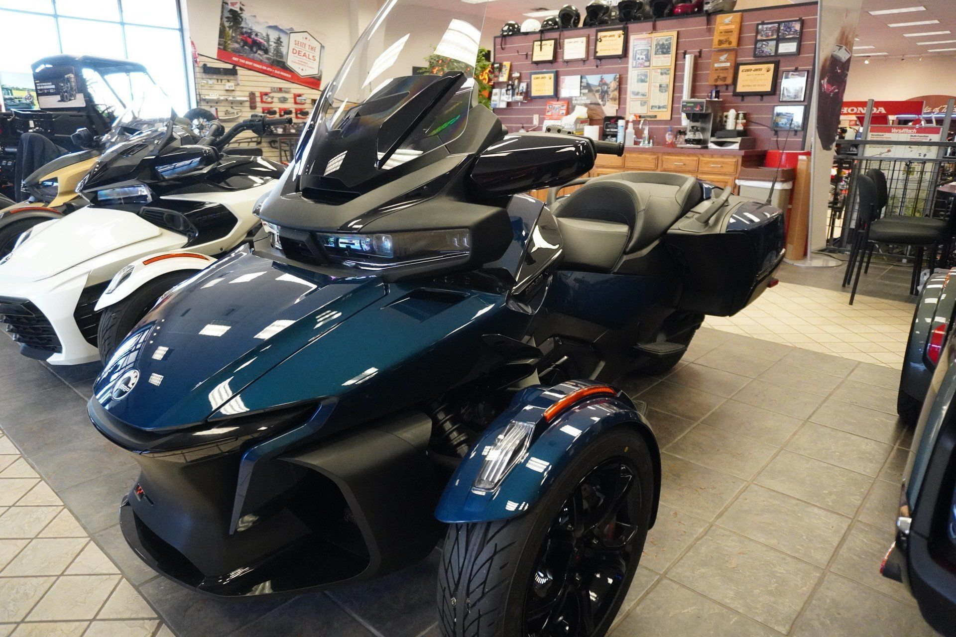2020 Can-Am Spyder RT in Tulsa, Oklahoma - Photo 1