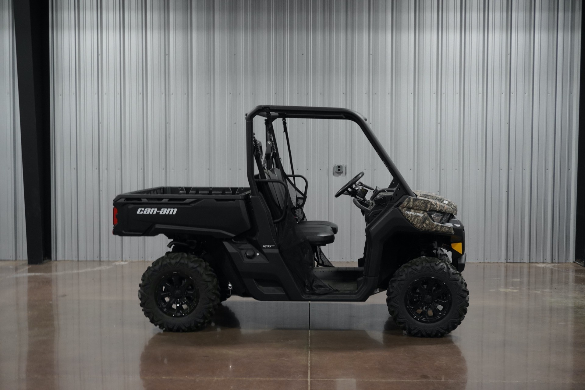 2019 Can-Am Defender DPS HD8 in Sapulpa, Oklahoma - Photo 1