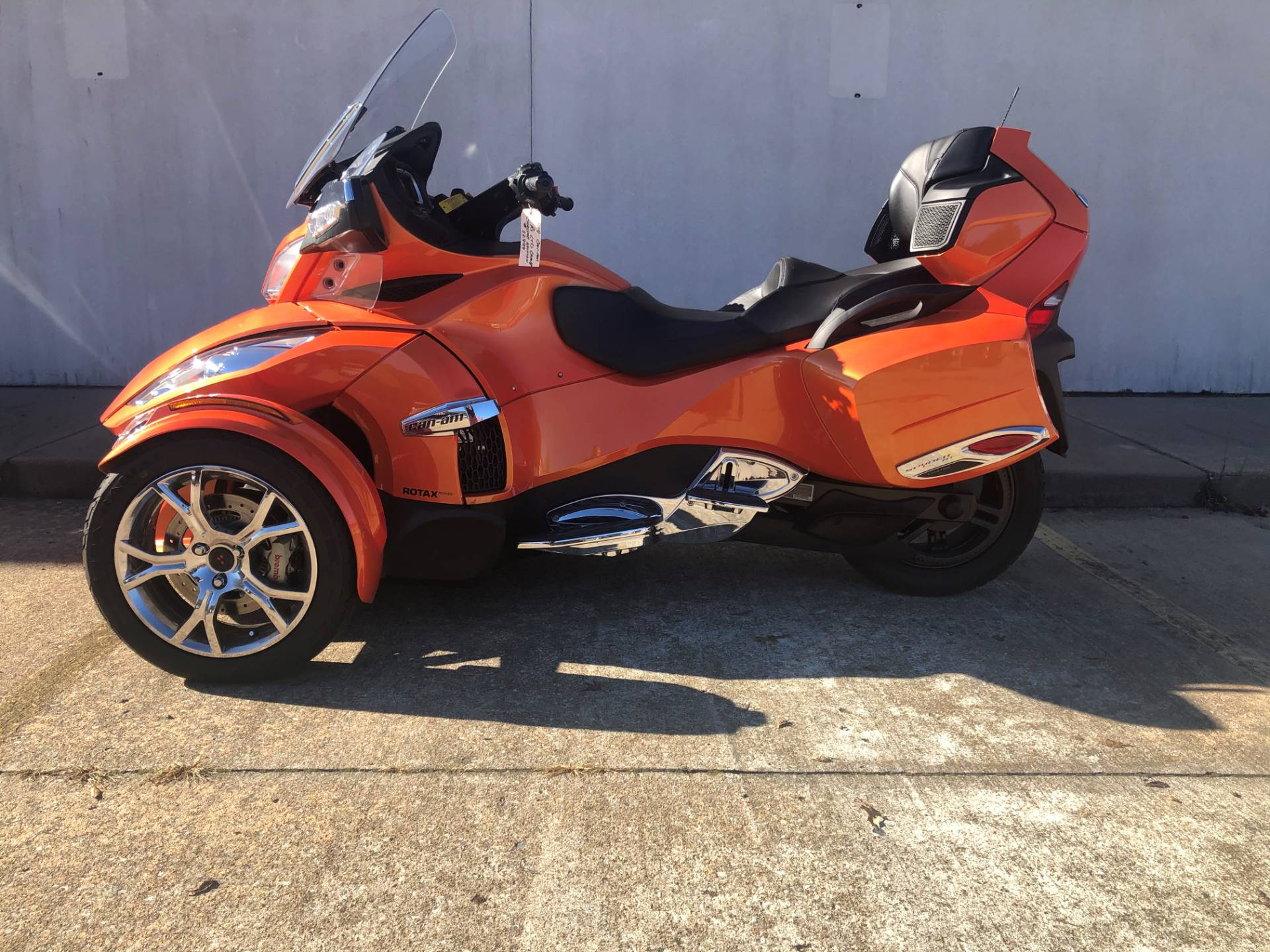 2019 Can-Am Spyder RT Limited in Tulsa, Oklahoma - Photo 2