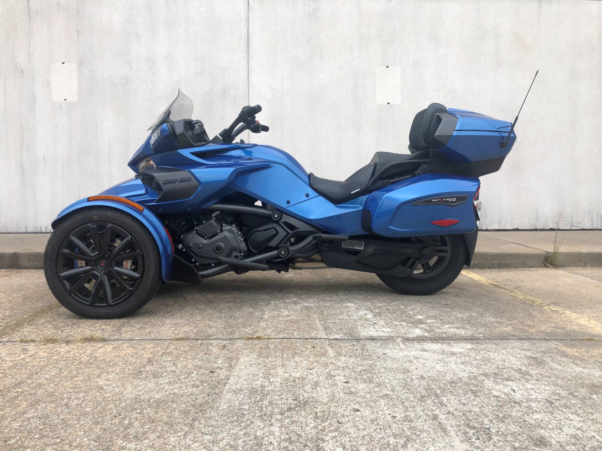 2018 Can-Am Spyder F3 Limited in Tulsa, Oklahoma - Photo 1