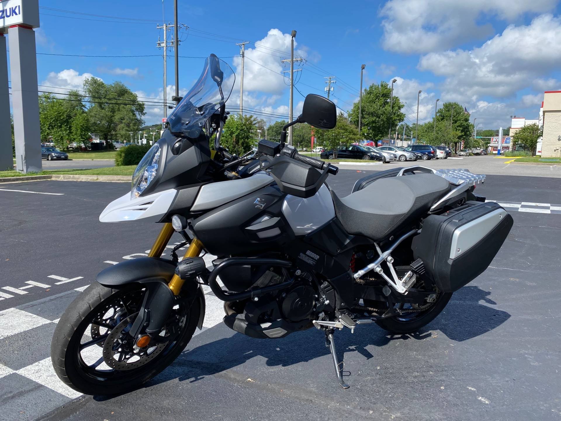 2015 Suzuki V-Strom 1000 ABS Adventure in Glen Burnie, Maryland - Photo 4