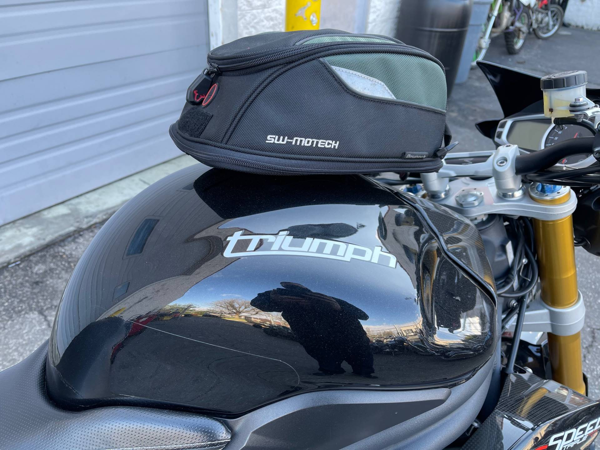 2013 Triumph Speed Triple R ABS in Glen Burnie, Maryland - Photo 5