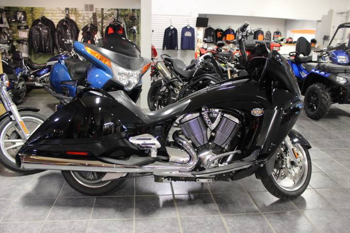 2009 Victory Vision™ Street Premium in Oxford, Maine