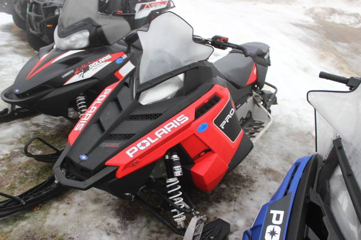 2011 Polaris 800 Rush ES in Oxford, Maine