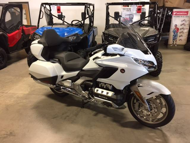 New 2018 Honda Gold Wing Tour Motorcycles In Davenport Ia