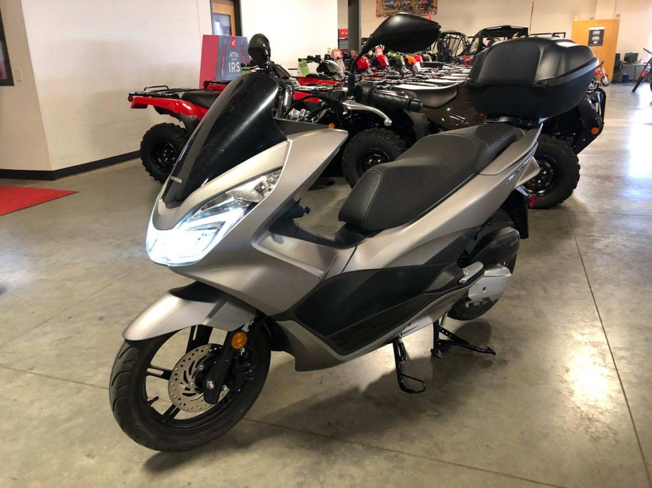 2016 Honda PCX150 in Davenport, Iowa - Photo 1