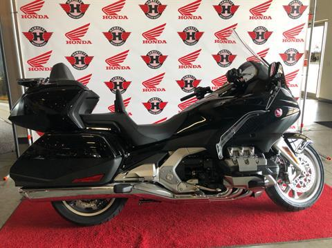 2019 Honda Gold Wing Tour Automatic DCT in Davenport, Iowa - Photo 5