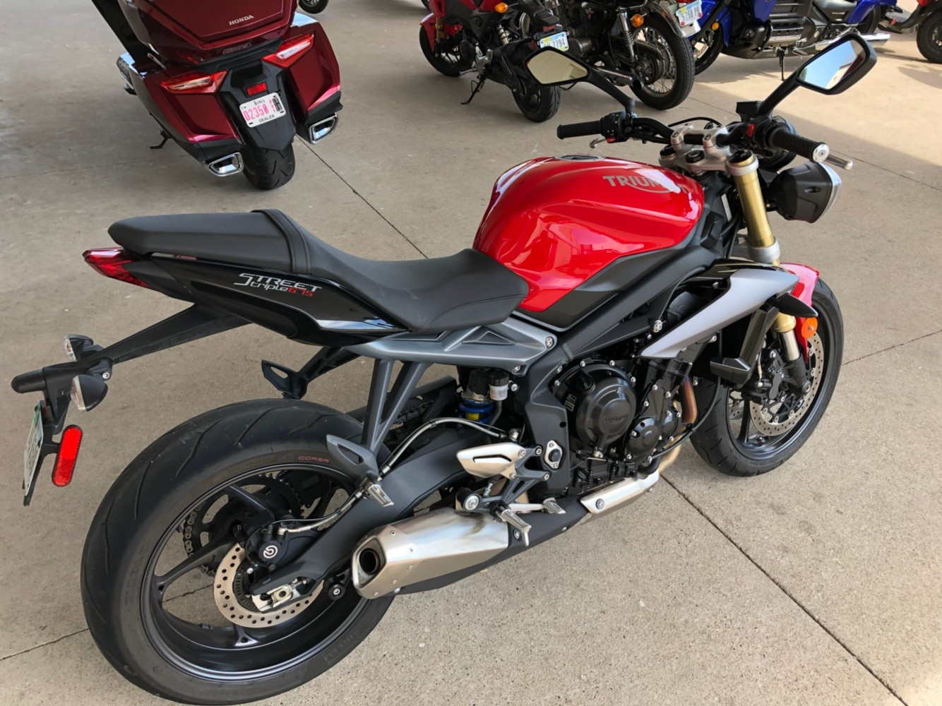 2015 Triumph Street Triple ABS in Davenport, Iowa - Photo 4
