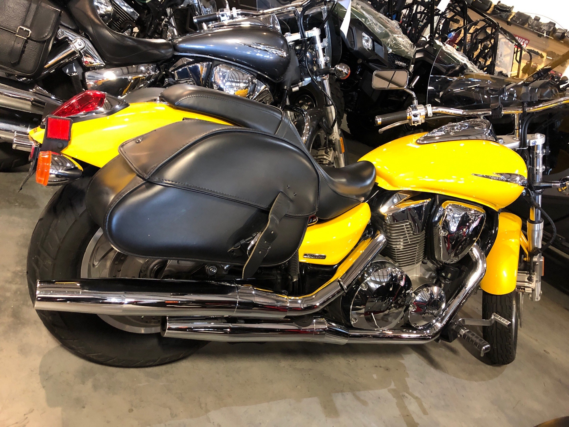 2008 Honda VTX®1300C in Davenport, Iowa - Photo 2