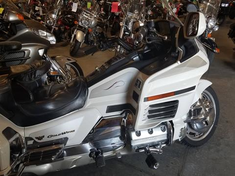 1998 Honda Gold Wing SE in Davenport, Iowa