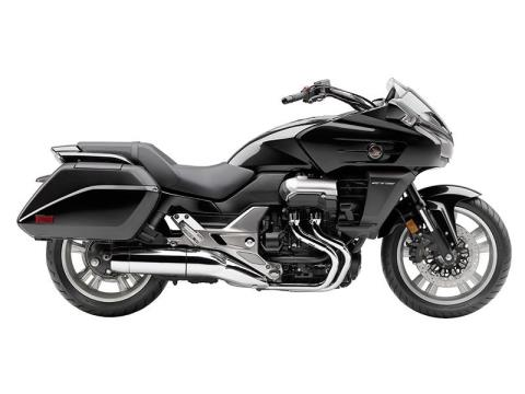 2014 Honda CTX®1300 in Davenport, Iowa - Photo 1