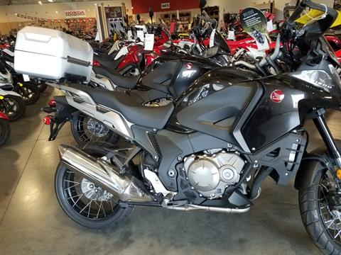 2016 Honda VFR1200X in Davenport, Iowa