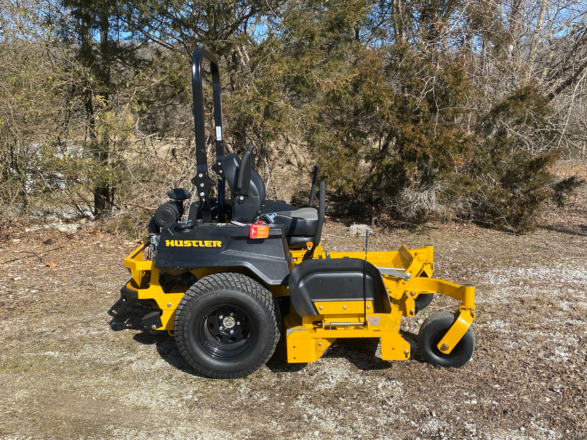 2021 Hustler Turf Equipment X-ONE 60 in. Kawasaki 27 hp in Harrison, Arkansas - Photo 2
