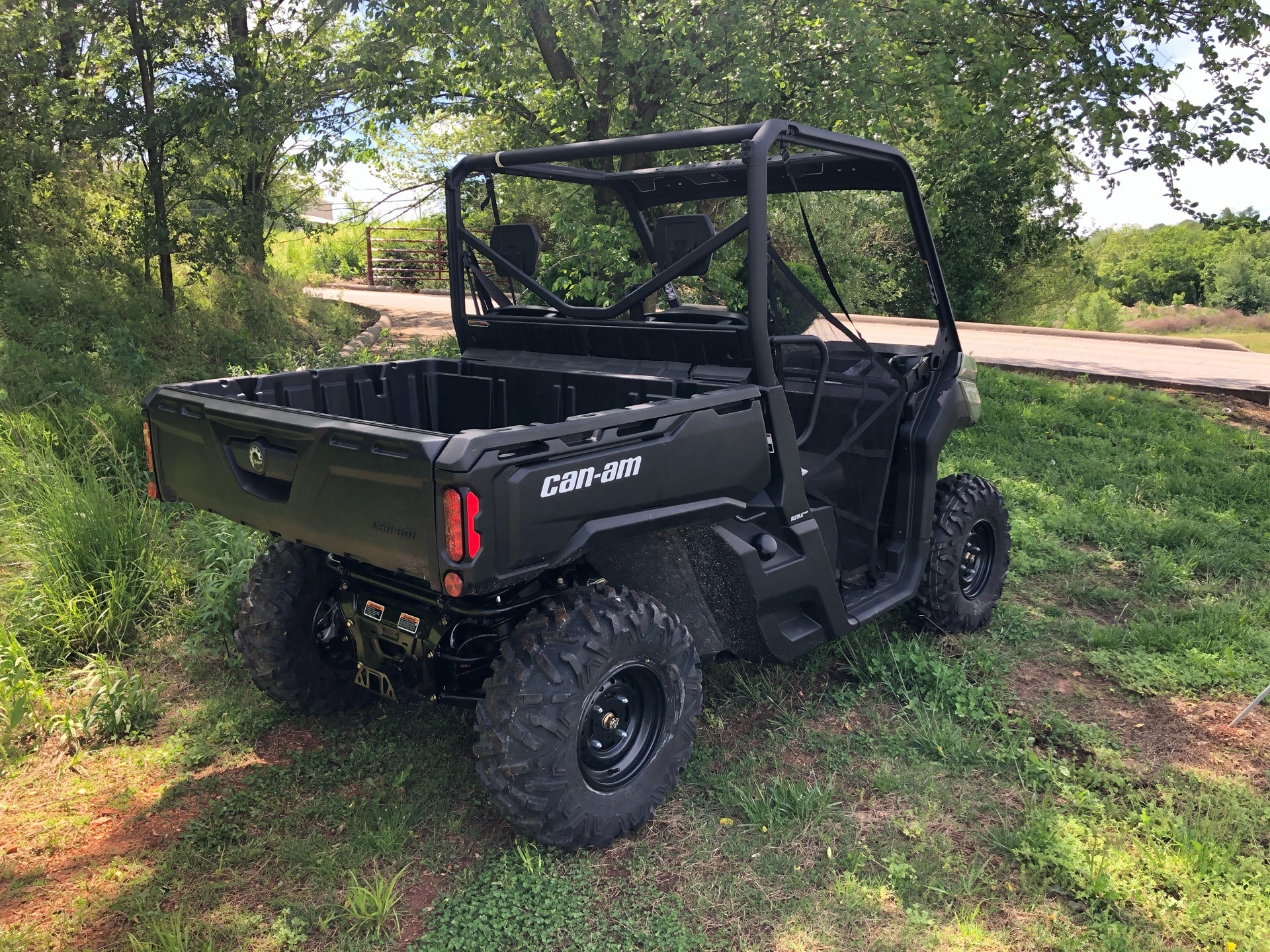 2020 Can-Am Defender HD8 in Harrison, Arkansas - Photo 3