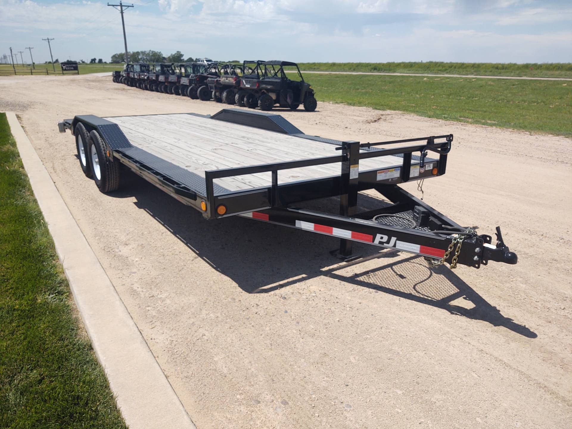 "2019 PJ Trailers 20'X6"" CHANNEL SUPER-WIDE in Montezuma, Kansas - Photo 4"