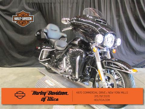 2016 Harley-Davidson Electra Glide® Ultra Classic® Low in New York Mills, New York - Photo 2