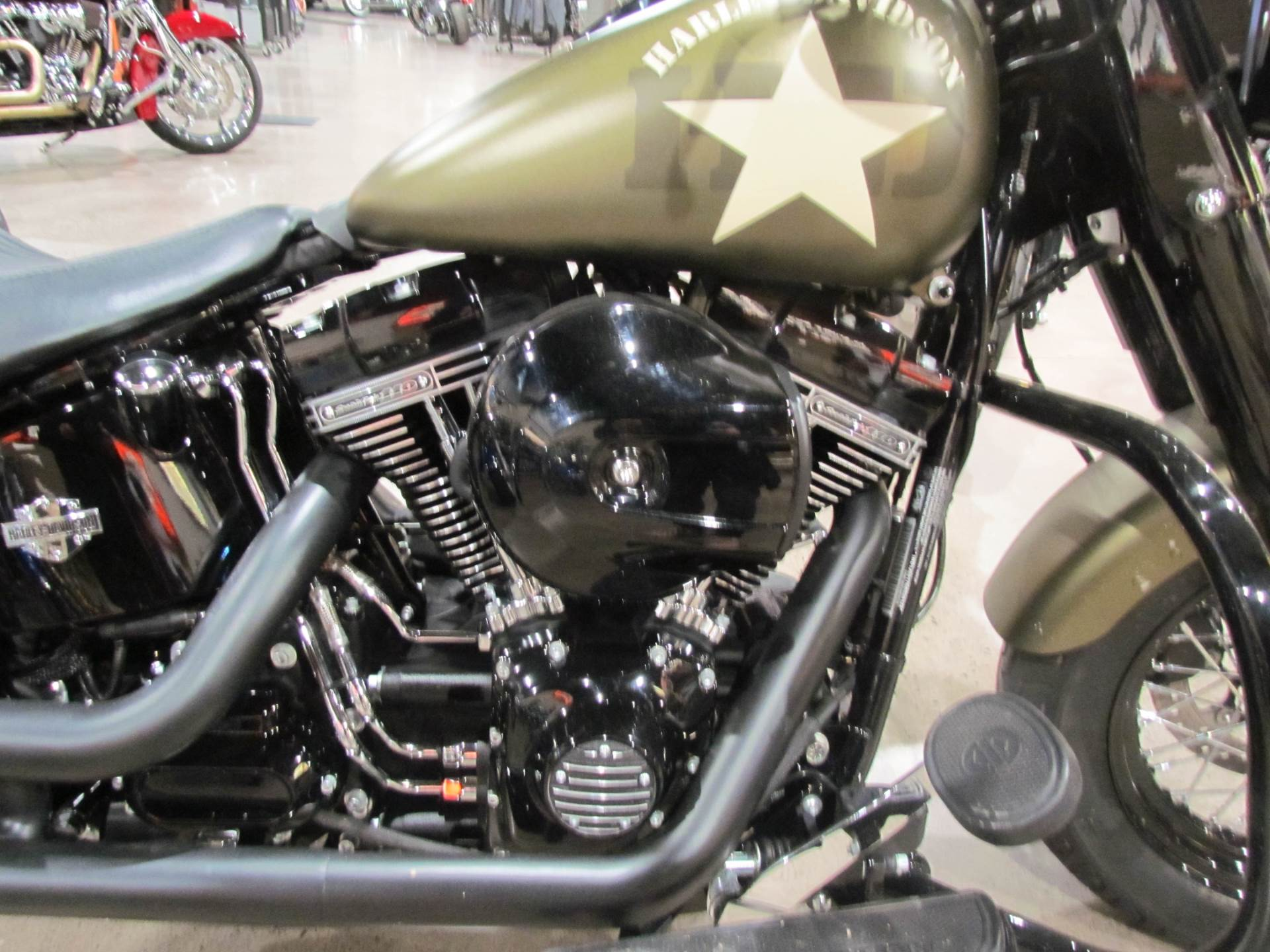 Black Smooth Handlebar Clamp Cover,for Harley Davidson,by V-Twin