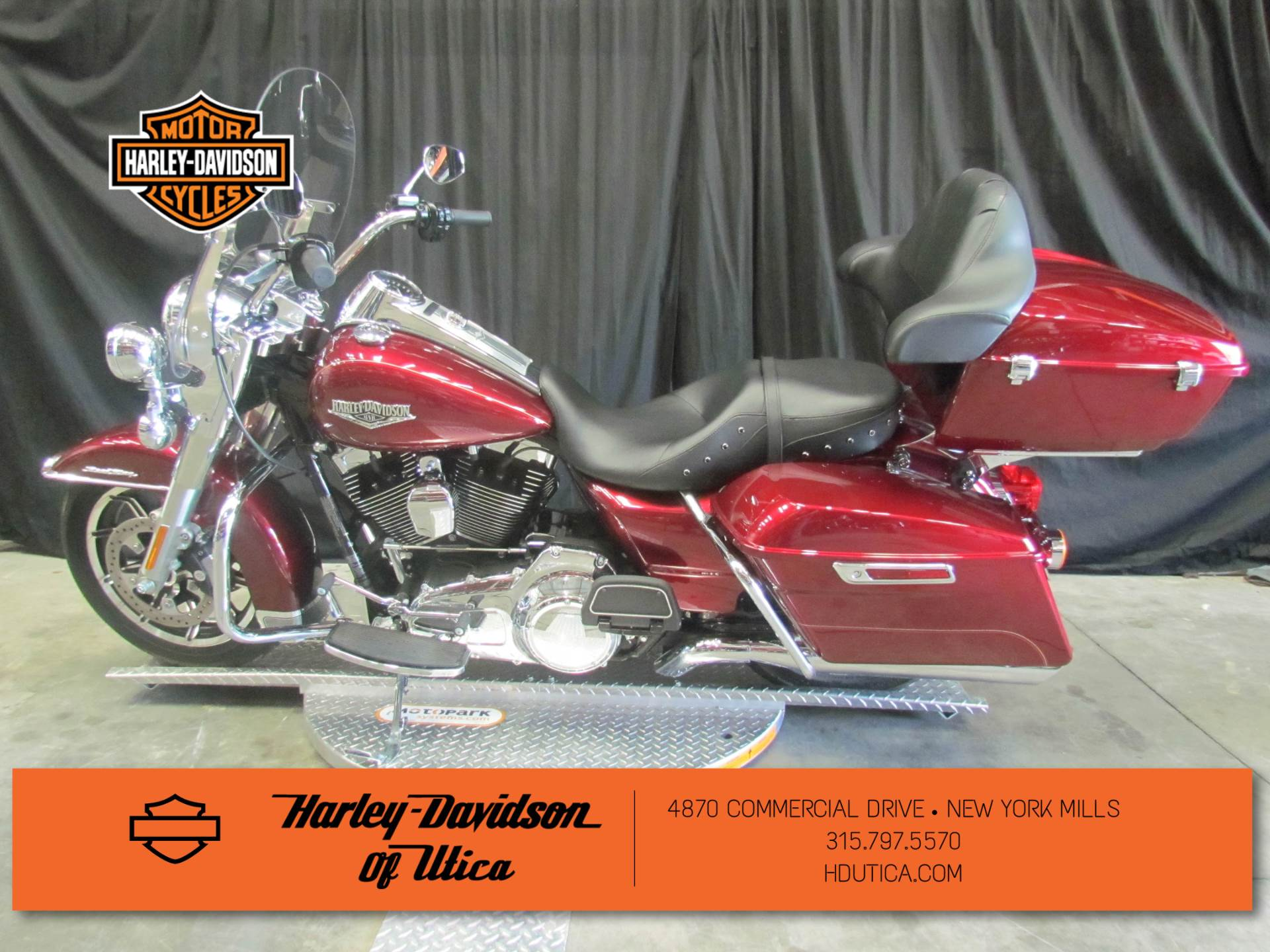 2016 Harley-Davidson Road King® in New York Mills, New York - Photo 5