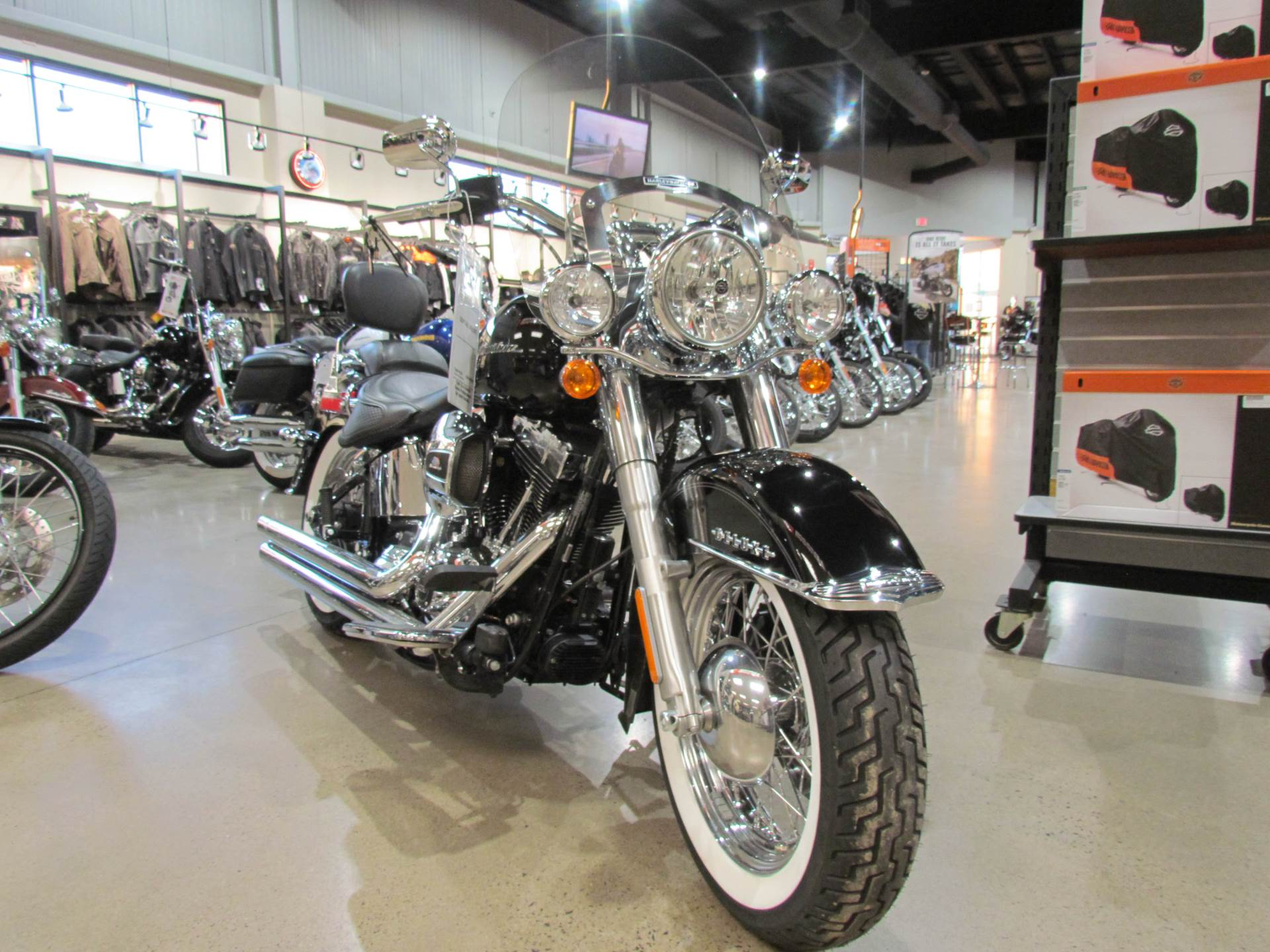 2016 Harley-Davidson Softail® Deluxe in New York Mills, New York - Photo 2