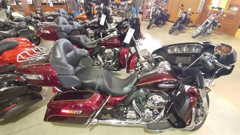2015 Harley-Davidson Electra Glide® Ultra Classic® Low in Broadalbin, New York
