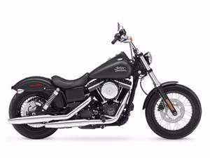 2017 Harley-Davidson Street Bob® in Broadalbin, New York