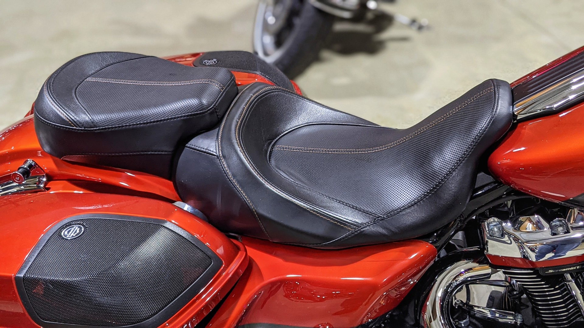 2018 Harley-Davidson CVO™ Road Glide® in Broadalbin, New York - Photo 10