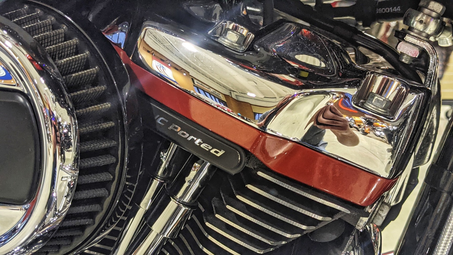 2018 Harley-Davidson CVO™ Road Glide® in Broadalbin, New York - Photo 4