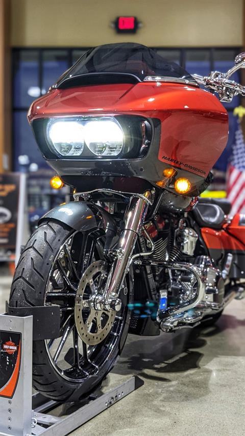 2018 Harley-Davidson CVO™ Road Glide® in Broadalbin, New York - Photo 7