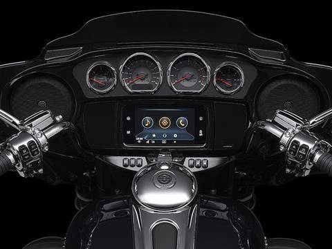 2020 Harley-Davidson CVO™ Tri Glide® in Broadalbin, New York - Photo 6