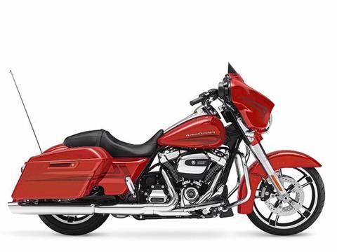 2017 Harley-Davidson Street Glide® Special in Broadalbin, New York