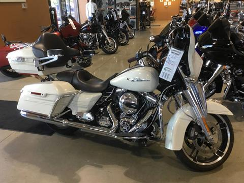 2015 Harley-Davidson Street Glide® Special in Broadalbin, New York - Photo 3