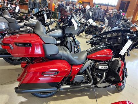 2021 Harley-Davidson Ultra Limited in Broadalbin, New York - Photo 2