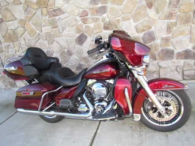 2016 Harley-Davidson Ultra Limited in Broadalbin, New York