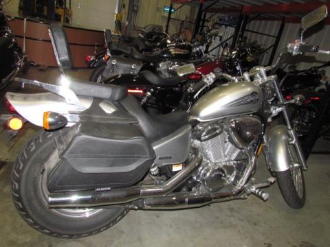 2006 Honda Shadow® VLX Deluxe in Broadalbin, New York