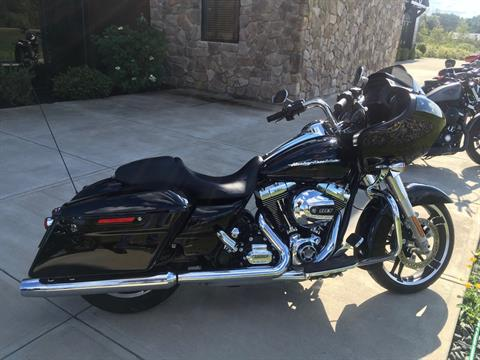 2015 Harley-Davidson Road Glide® in Broadalbin, New York