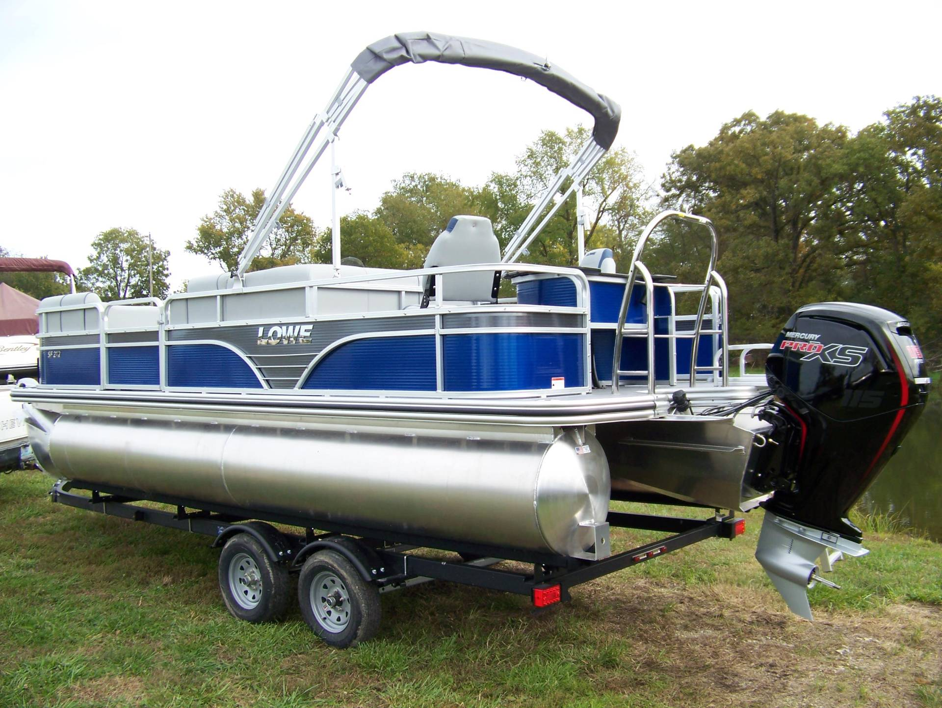 2019 Lowe SF212 WITH FISH STATION MERCURY 115 PRO XS CT & TRAILER in West Plains, Missouri