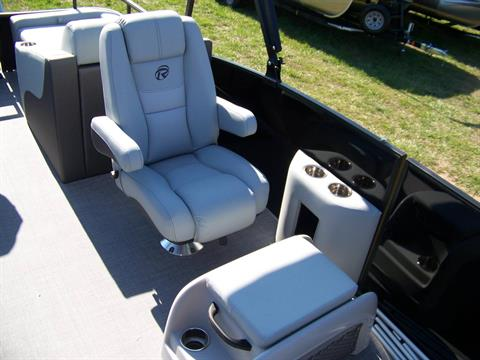 DLX RECLINING/SLIDING SEATS