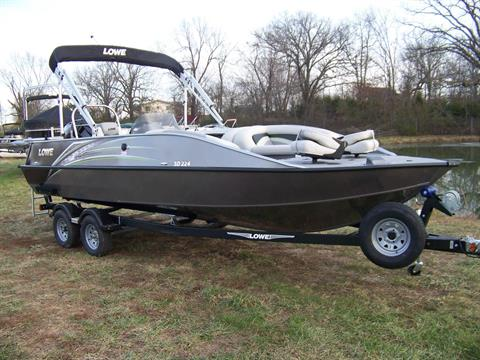 2019 Lowe SD224 DECK BOAT W/ MERCURY 175 & TRAILER in West Plains, Missouri
