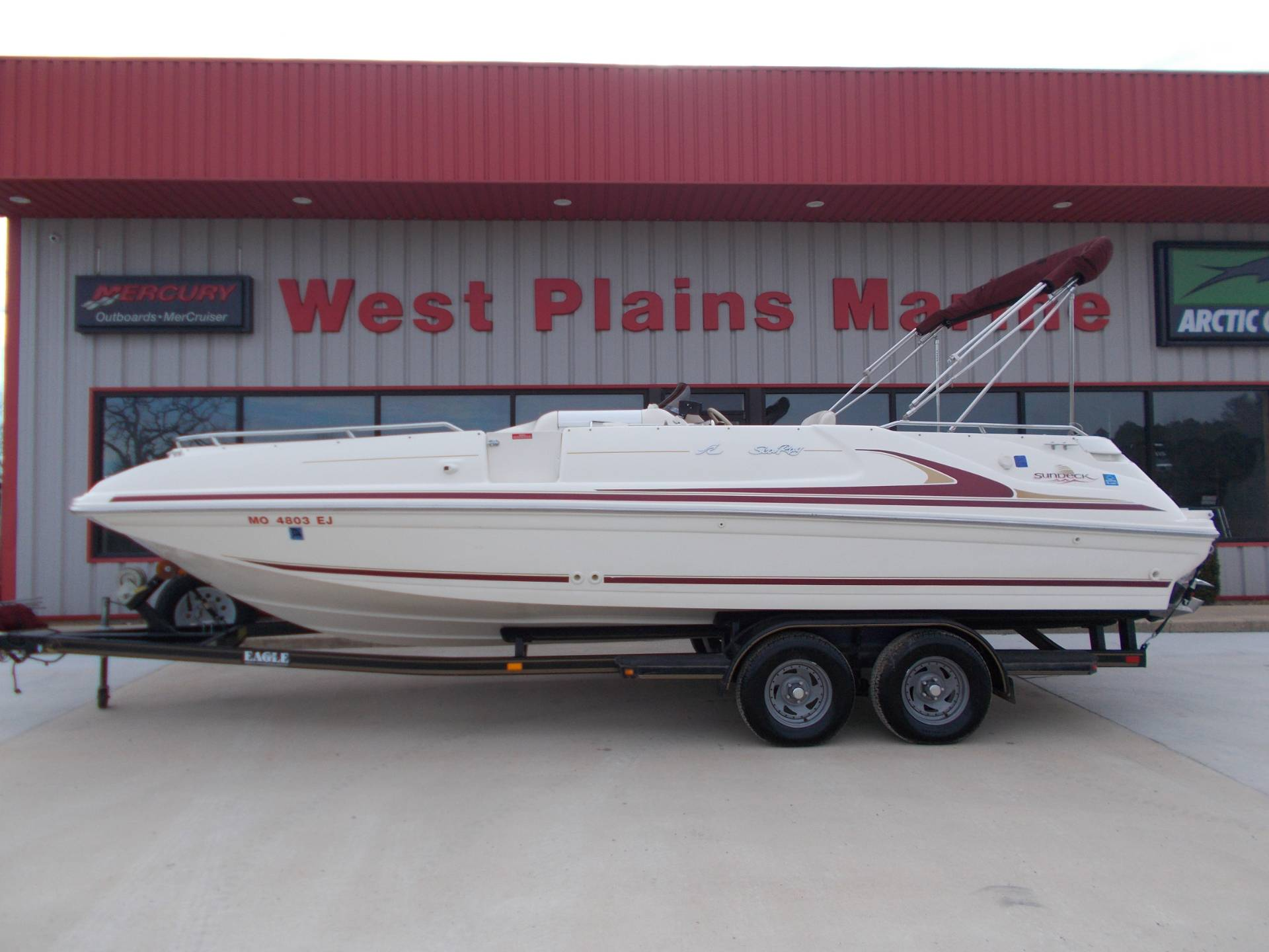1996 SEARAY SUNDECK 240 W/ 5.7L I/OW/ '96 TRAILER in West Plains, Missouri - Photo 2