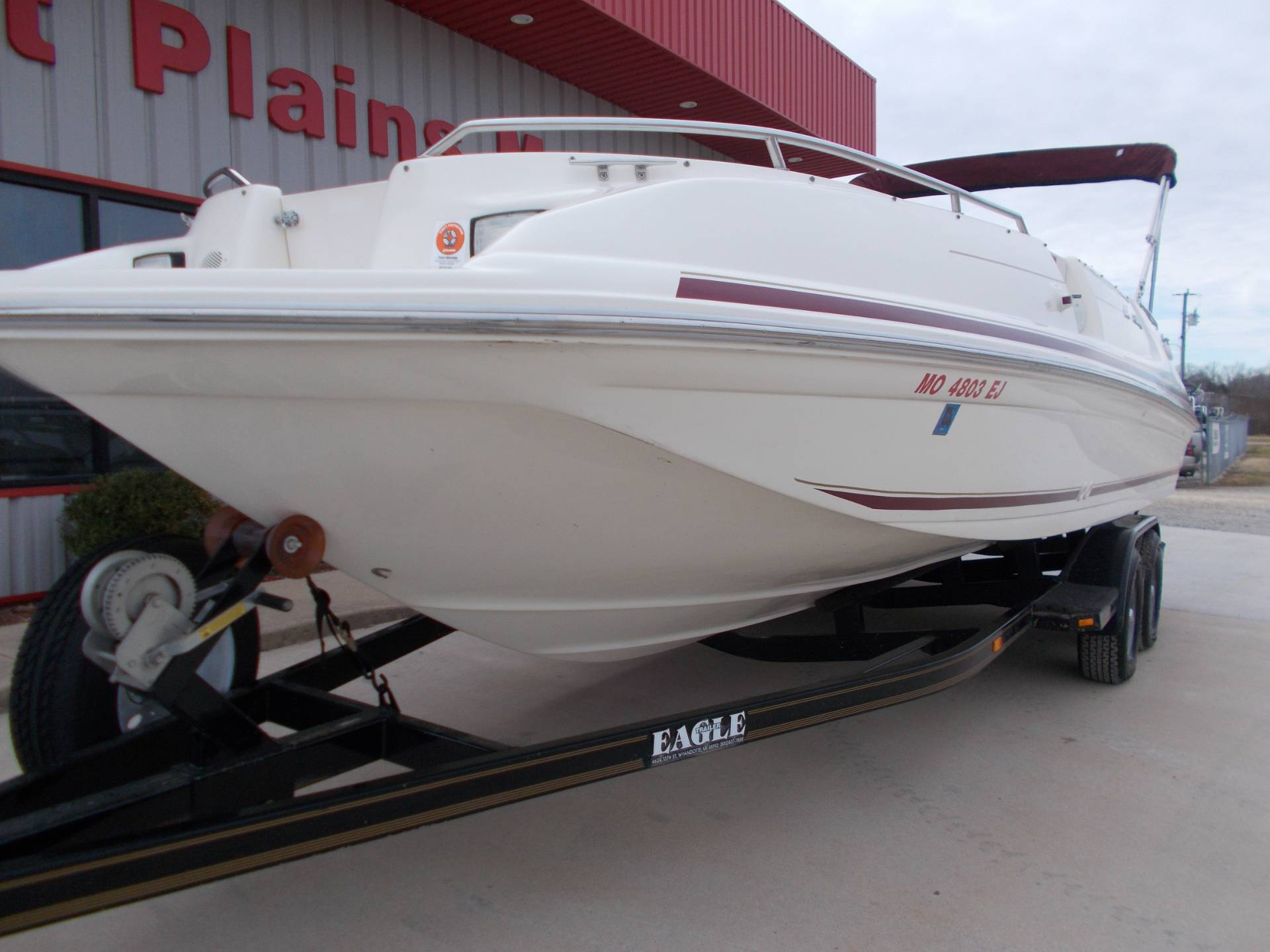 1996 SEARAY SUNDECK 240 W/ 5.7L I/OW/ '96 TRAILER in West Plains, Missouri - Photo 3