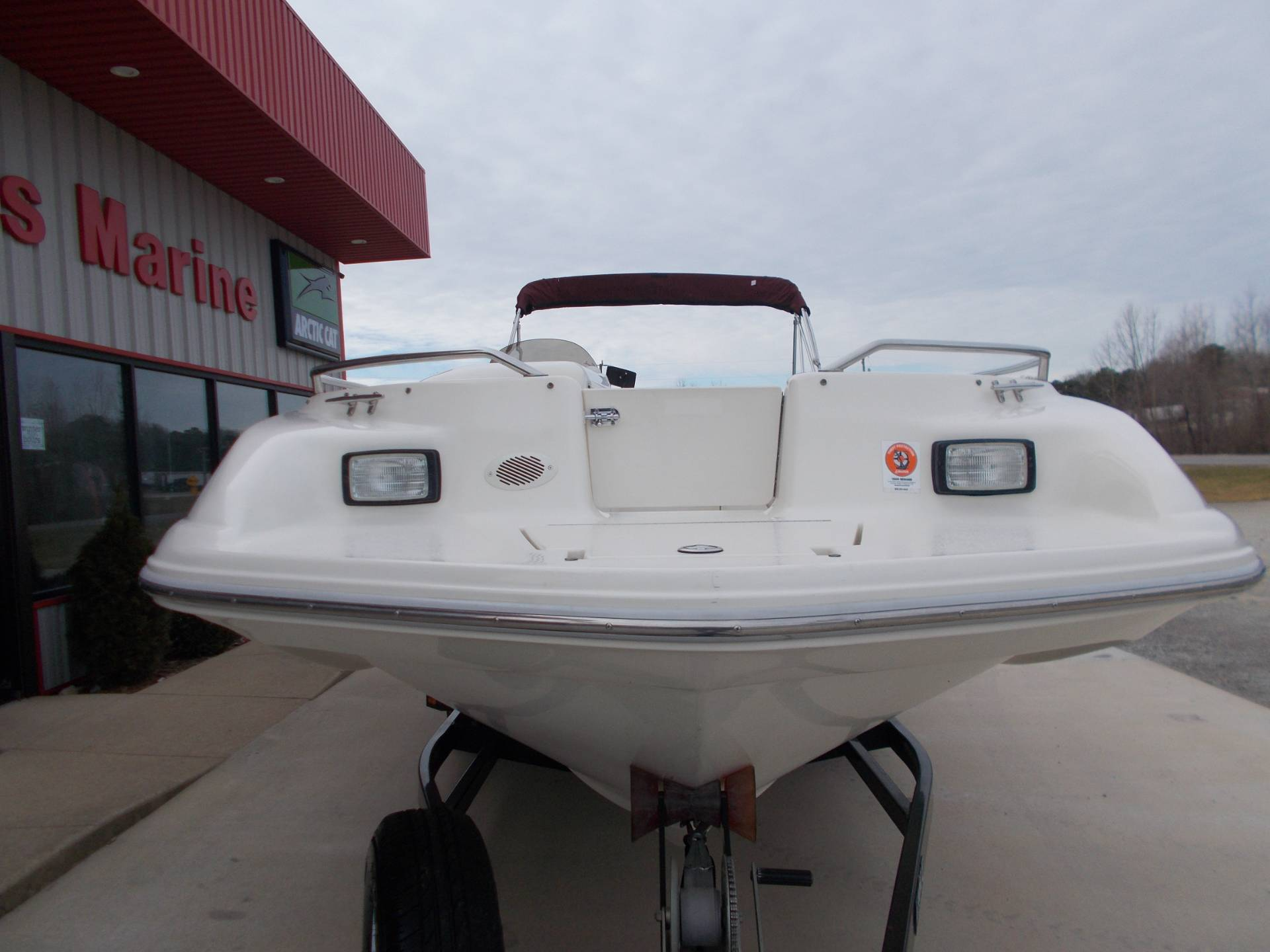 1996 SEARAY SUNDECK 240 W/ 5.7L I/OW/ '96 TRAILER in West Plains, Missouri - Photo 5